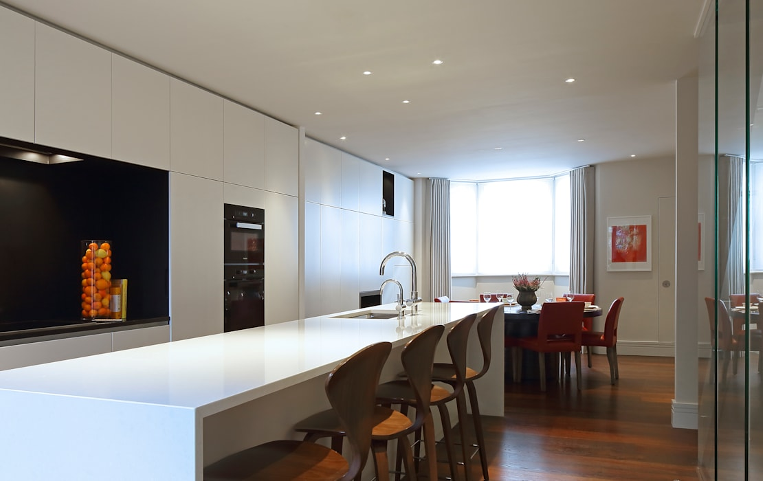 Redesdaale Street Chelsea Basement Development Kitchen:  Kitchen by Shape Architecture,