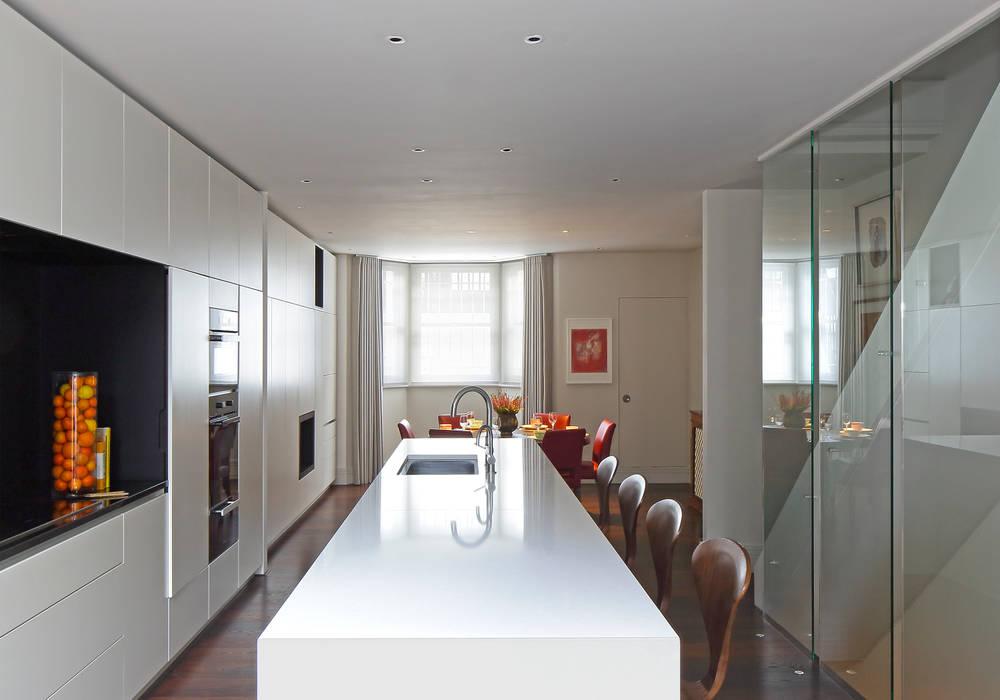 Redesdaale Street Chelsea Basement Development Kitchen Modern kitchen by Shape Architecture Modern
