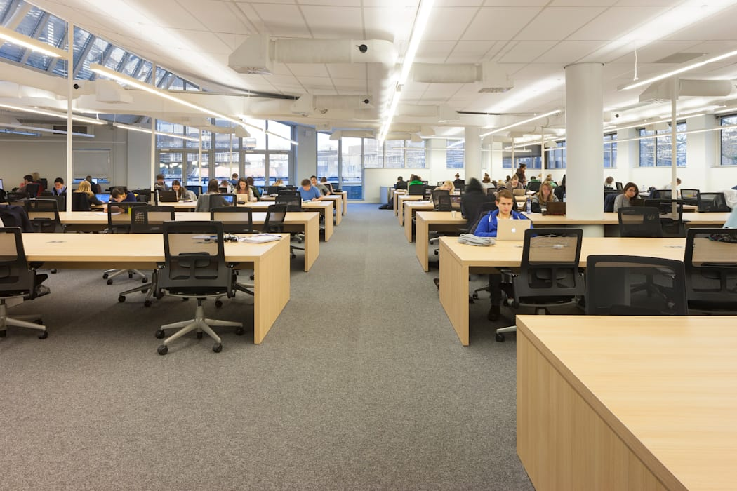 Studieplekken Moderne scholen van PUUR interieurarchitecten Modern
