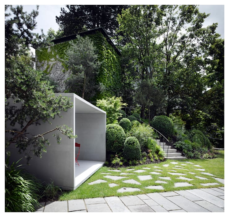 Smoking Pavilion Modern garden by Gianni Botsford Architects Modern