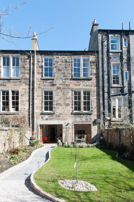 Hillhead Refurbishment 01 Casas modernas de George Buchanan Architects Moderno
