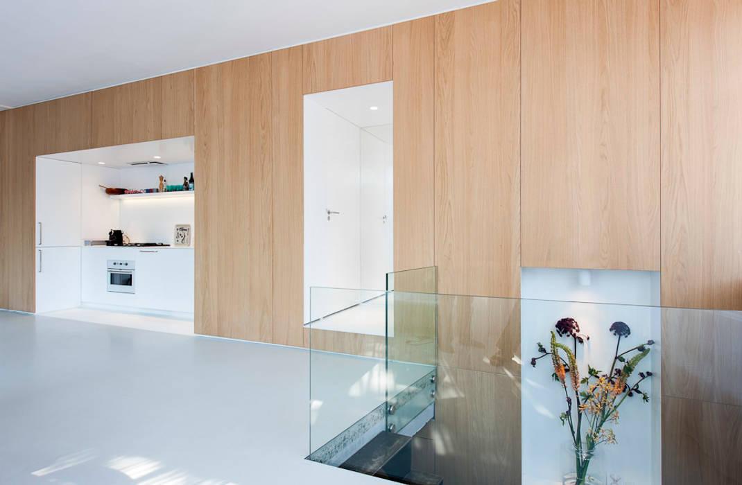 Oude Schans, Amsterdam Moderne eetkamers van Hamers Meubel & Interieur Modern