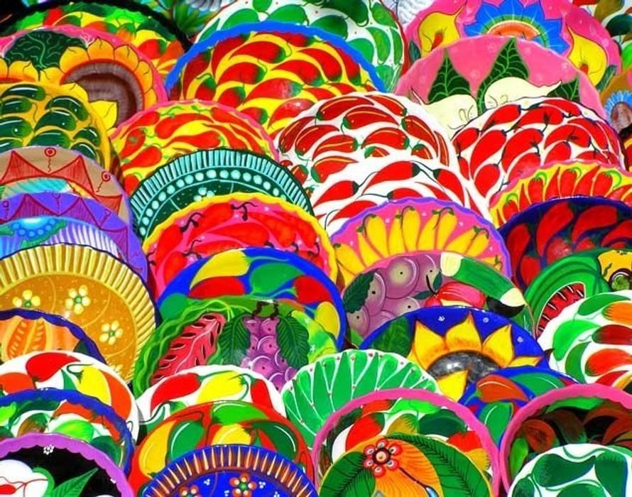 Coloridos platos de cerámica - Oaxaca de Ingrid_Homify Rural