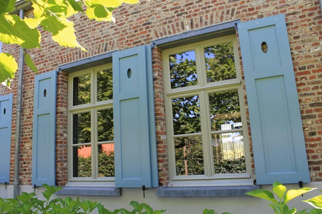 Casas de estilo  por Arceau Architecten B.V., Rural