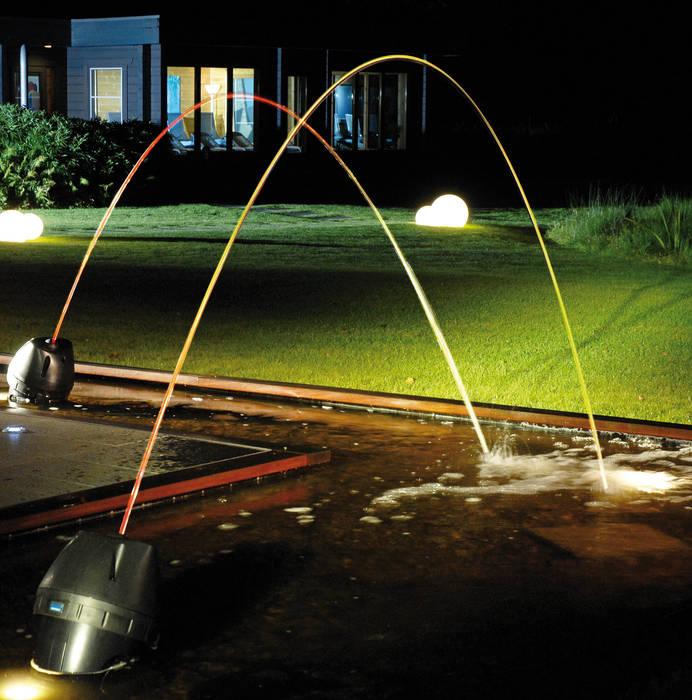 Laminar Jumping Water Jets Modern garden by Water Garden Ltd Modern