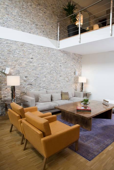 MAYAVERA // RESIDENTIAL PROJECT Modern Oturma Odası Escapefromsofa Modern