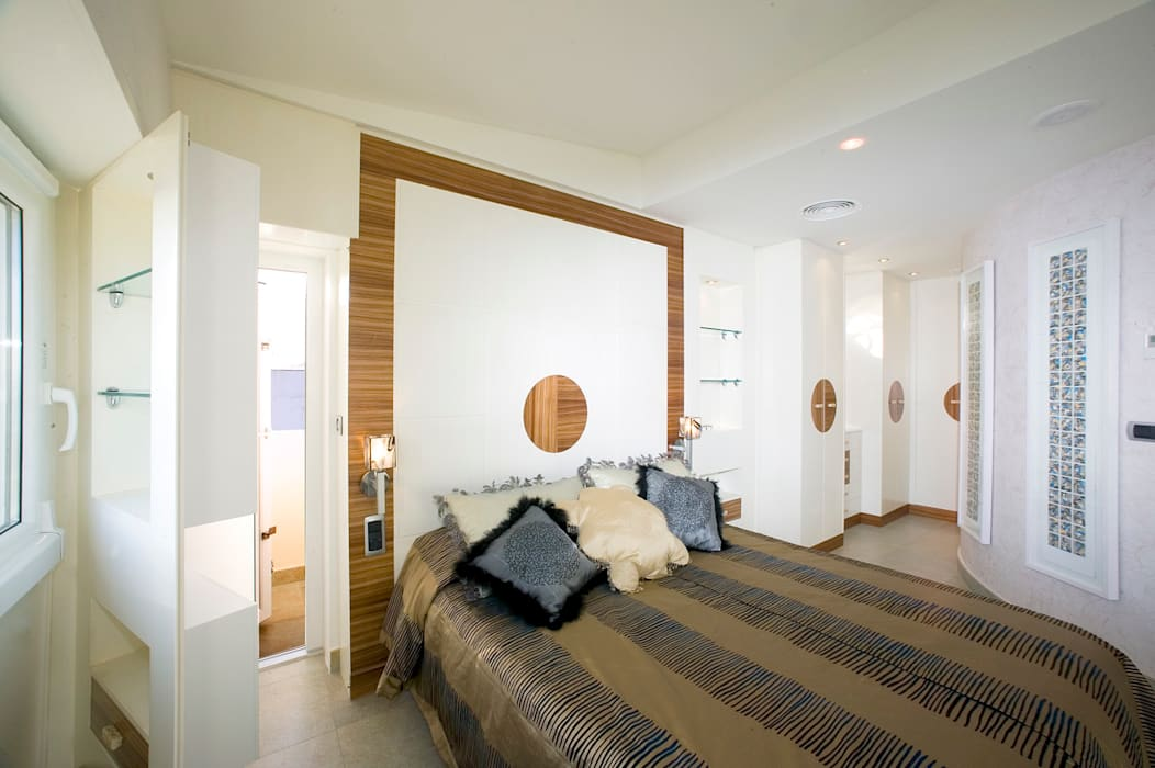 Modern Bedroom by Artemark Global Modern