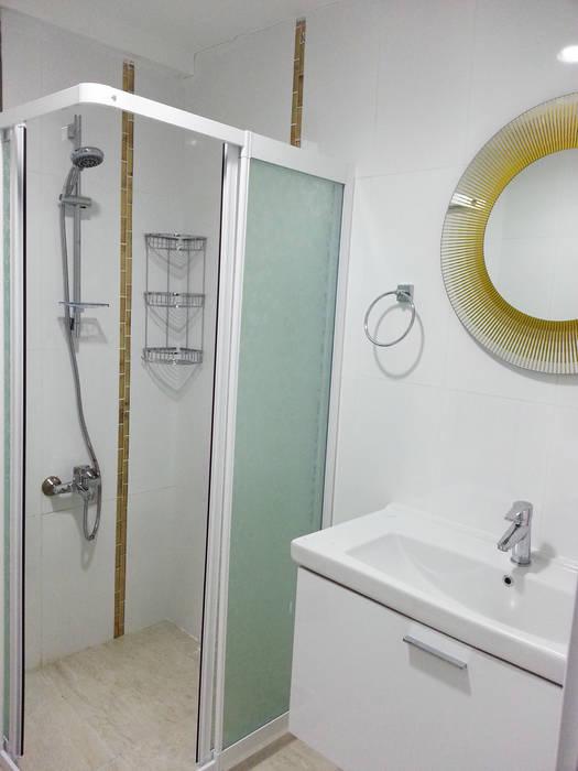 Emre Urasoğlu İç Mimarlık Tasarım Ltd.Şti. – Beyaz Ev - Mersin Çeşmeli Yazlık Projesi:  tarz Banyo