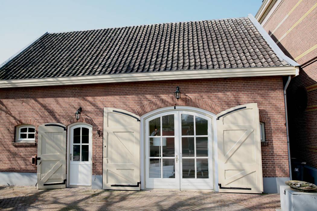 Koetshuis Kesteren:  Huizen door Antequercus