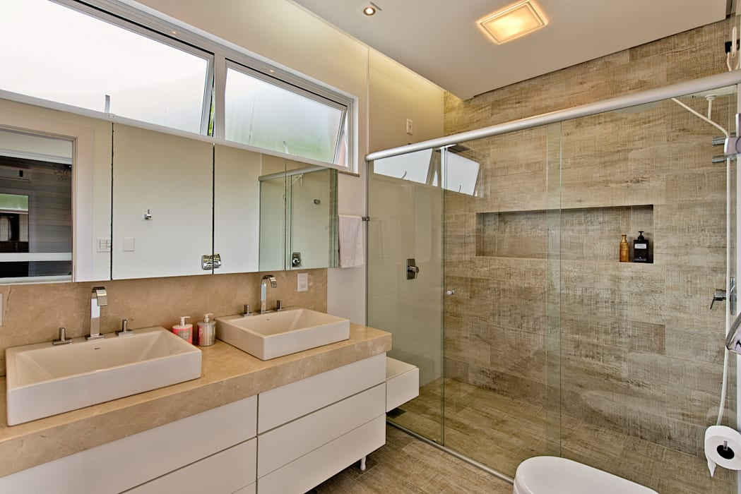 Banheiro do casal Espaço do Traço arquitetura Banheiros modernos