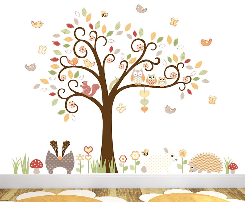 Woodland Animal Luxury Nursery Wall Art Sticker Design for a baby girls or baby boys nursery room の Enchanted Interiors モダン