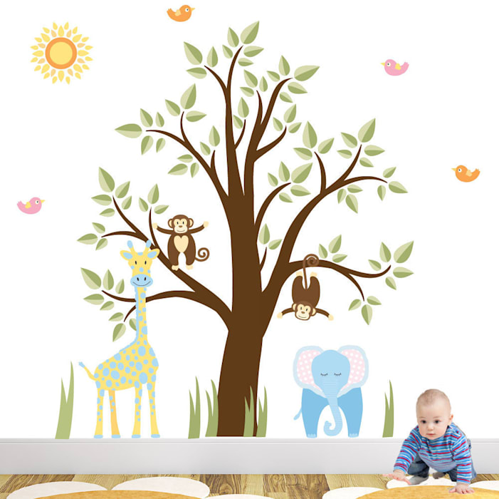 Jungle Animal Luxury Nursery Wall Art Sticker Design for a baby boys nursery room par Enchanted Interiors Moderne