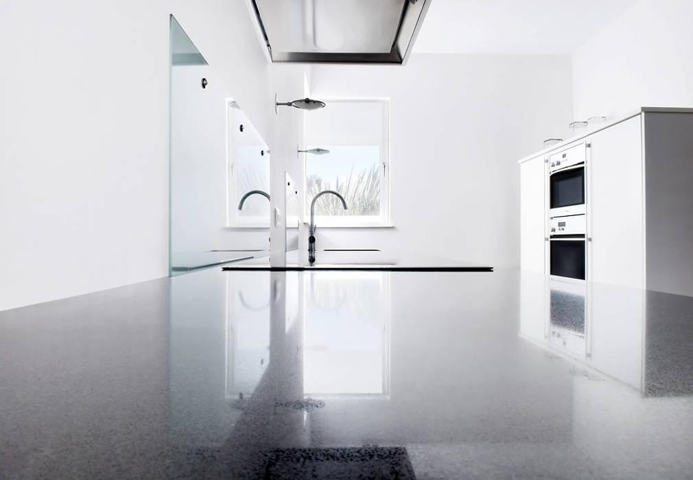 Strakke Witte Keuken : Thijs van de wouw keukens hedendaags wit
