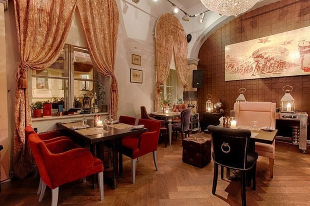Eclectic style commercial spaces by Atelier Interior Eclectic