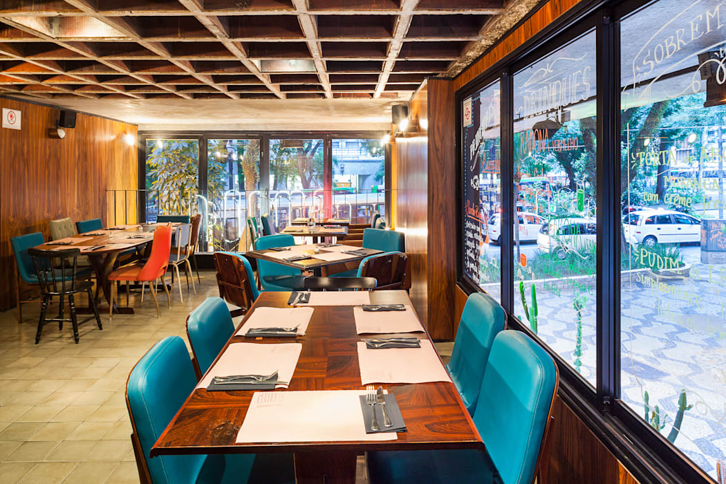 Pavimento superior: Espaços gastronômicos  por MM18 Arquitetura