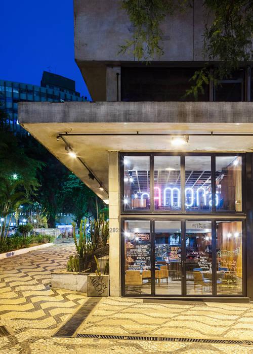 Esquina Av São Luis x Av Consolação: Espaços gastronômicos  por MM18 Arquitetura