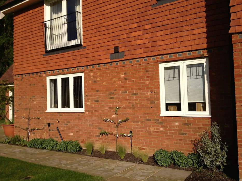 New build country manor house:  Garden by Roeder Landscape Design Ltd,