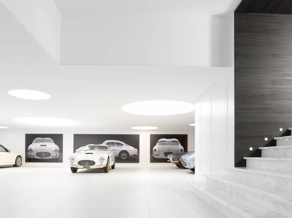 Garage / Hangar modernes par ligne V Moderne