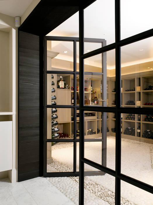 Ruang Penyimpanan Wine oleh ligne V, Modern