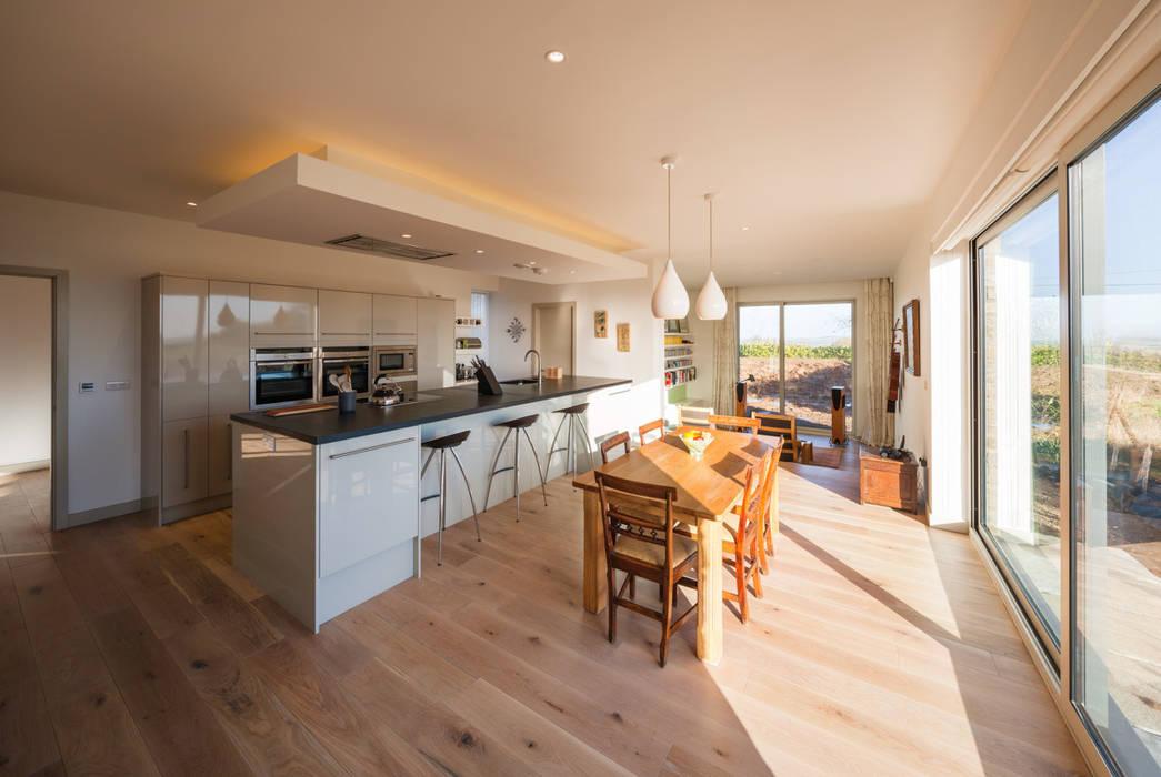 Broadmere Modern kitchen by Adrian James Architects Modern