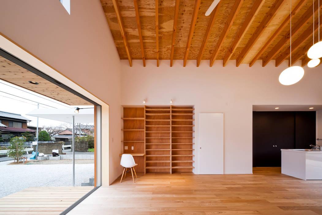 トトロ LDK 和風デザインの リビング の キリコ設計事務所 和風