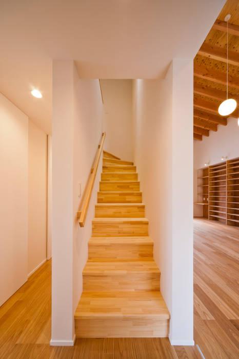 トトロ 階段 和風の 玄関&廊下&階段 の キリコ設計事務所 和風