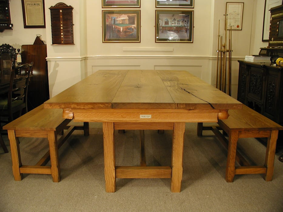 7 ft Lindo Convertible Dining Table, shown with the leaves on & benches de HAMILTON BILLIARDS & GAMES CO LTD Rural