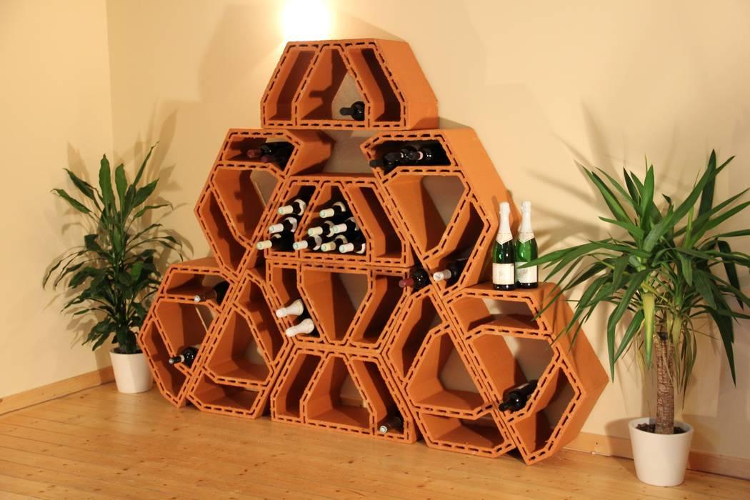 Bodegas de vino de estilo  por Rimini Baustoffe GmbH, Mediterráneo