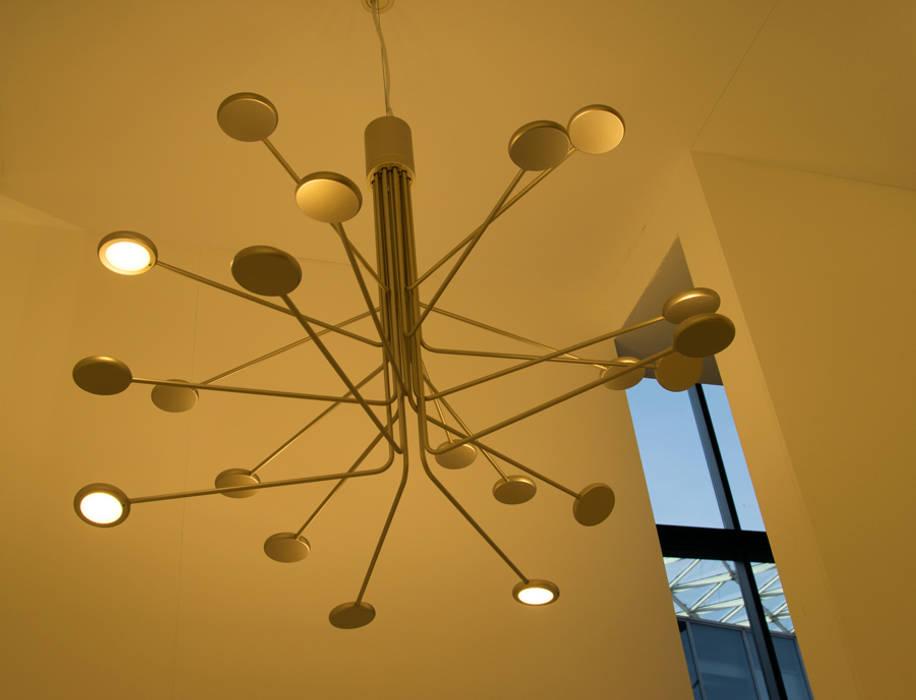 EUROLUCE międzynarodowe targi oświetleniowe Luminosfera SalonOświetlenie