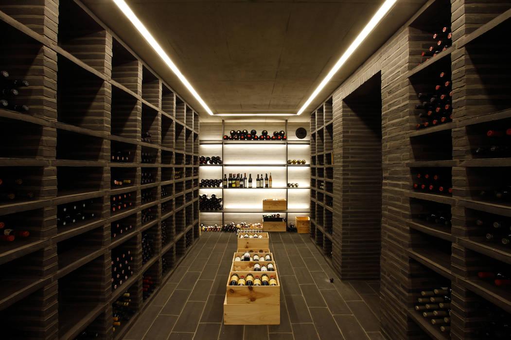 Atelier und Wohnhaus:  Weinkeller von SNAP Stoeppler Nachtwey Architekten BDA Stadtplaner PartGmbB