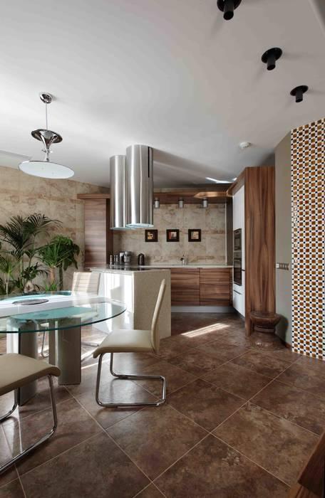 Московская квартира в облаках. Кухня в стиле минимализм от homify Минимализм