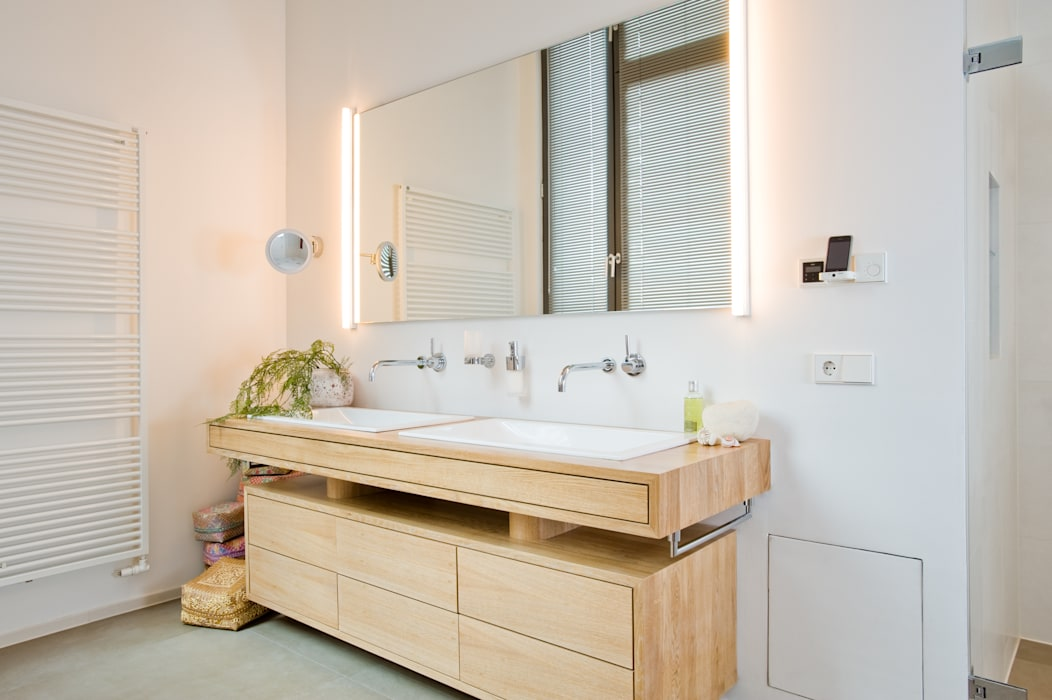 Loft-Wohnung in Wintherhude Moderne Badezimmer von SNAP Stoeppler Nachtwey Architekten BDA Stadtplaner PartGmbB Modern