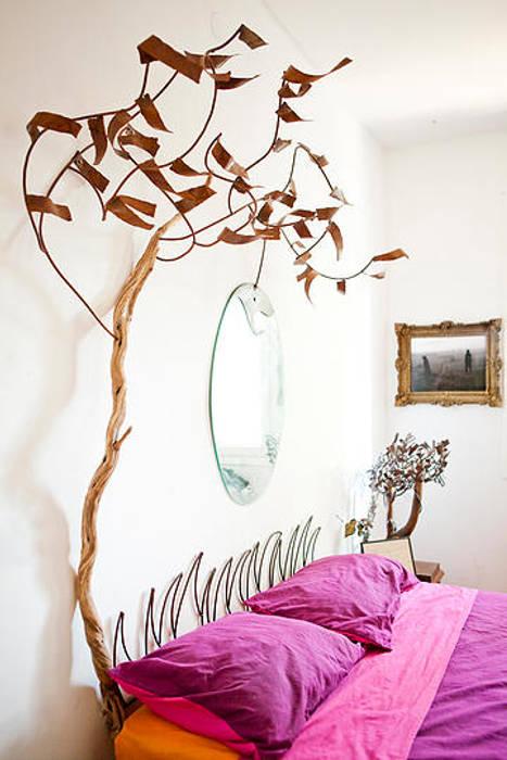Cabecero Paisaje de Otoño de madera, metal y espejo. de Héctor Nevado Mediterráneo