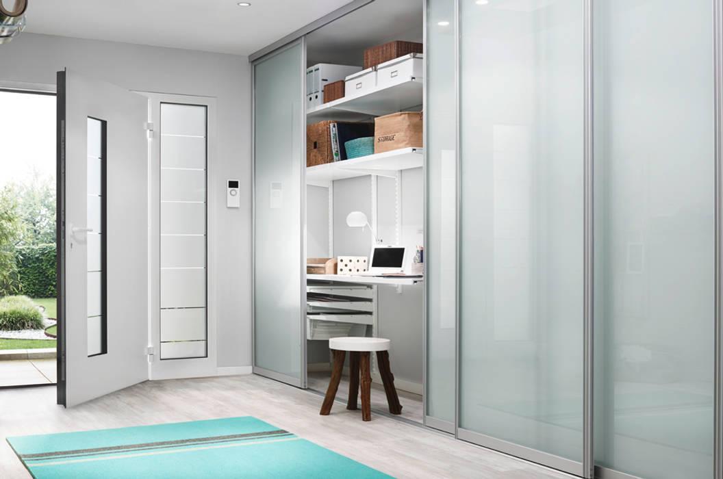 斯堪的納維亞風格的走廊,走廊和樓梯 根據 Elfa Deutschland GmbH 北歐風