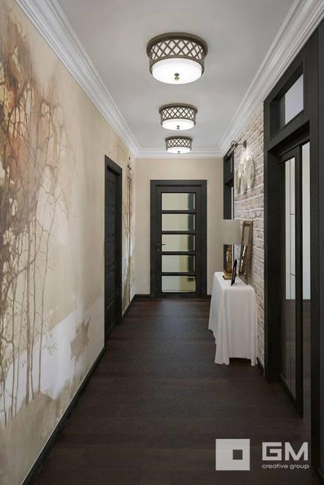 Couloir, entrée, escaliers originaux par GM-interior Éclectique