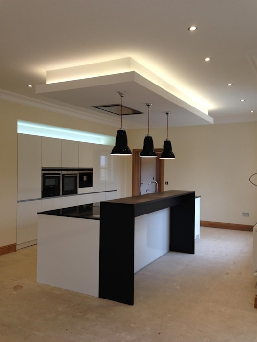 Ecclesgreig Gardens, St. Cyrus, Aberdeenshire:  Kitchen by Roundhouse Architecture Ltd