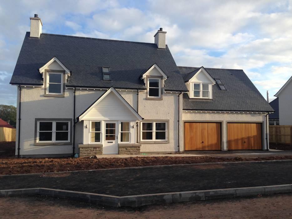 Ecclesgreig Gardens, St. Cyrus, Aberdeenshire:  Houses by Roundhouse Architecture Ltd