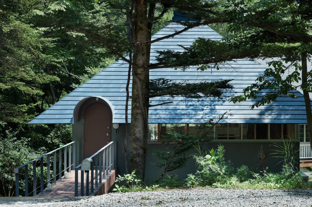 Casas de estilo ecléctico de AIDAHO Inc. Ecléctico