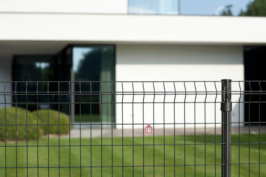 BEKAFOR CLASSIC PANEELAFRASTERING Moderne tuinen van Betafence Nv Modern