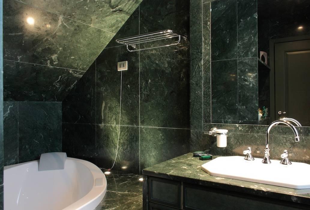 Bagno Sottoscala Altezza : Bagno in marmo guatemala ricavato nel sottoscala bagno in stile