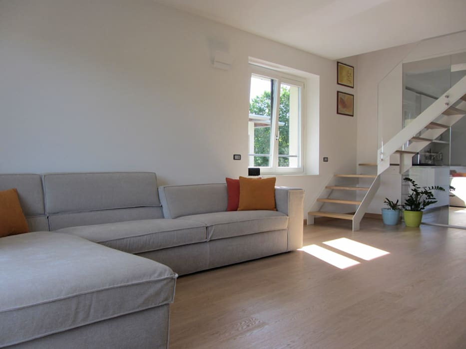 Moderno focolare: soggiorno in stile di forme per interni | homify