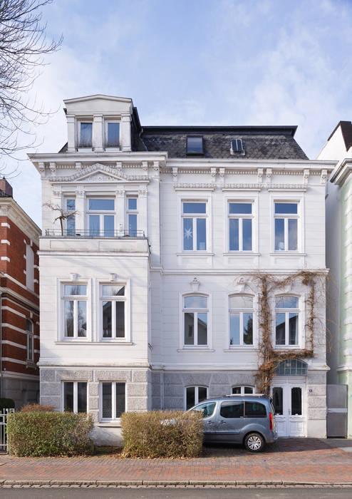 Wohnhaus A in Oldenburg Klassische Häuser von ANGELIS & PARTNER Architekten mbB Klassisch
