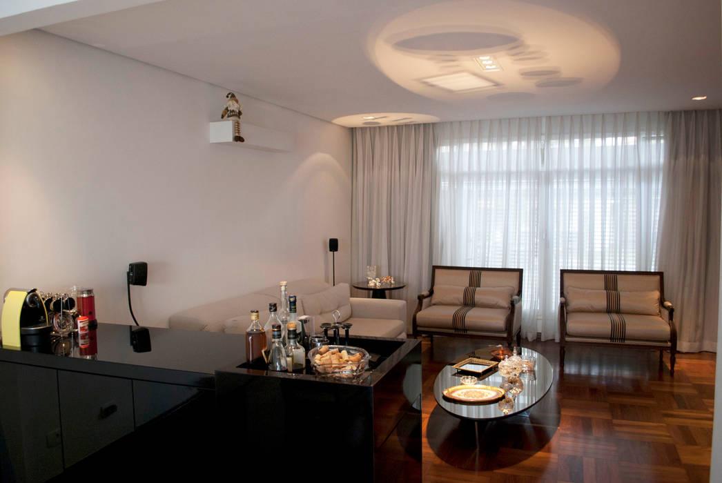 Sala de estar: Salas de estar ecléticas por ArkDek