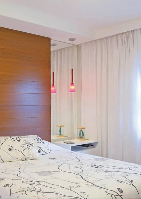 Dormitório do casal Quartos ecléticos por ArkDek Eclético
