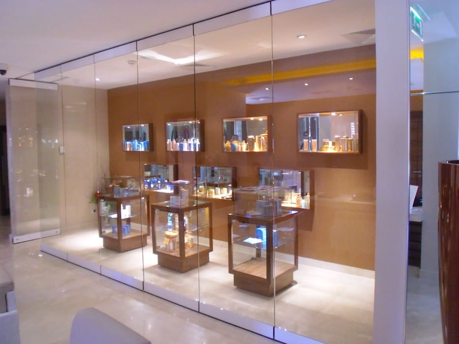 Retail Asian style commercial spaces by Elektra Lighting Design Asian