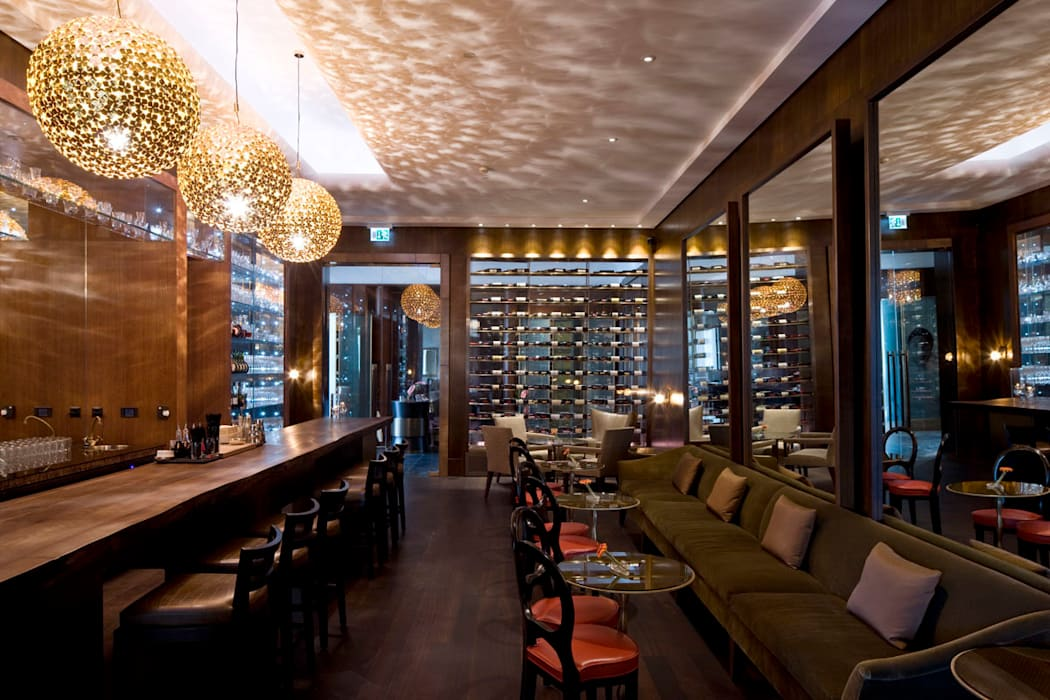 Wine bar:  Gastronomy by Elektra Lighting Design,