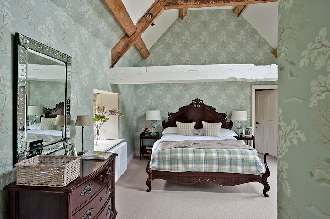 Ansty Manor, Bedroom:  Bedroom by BLA Architects,