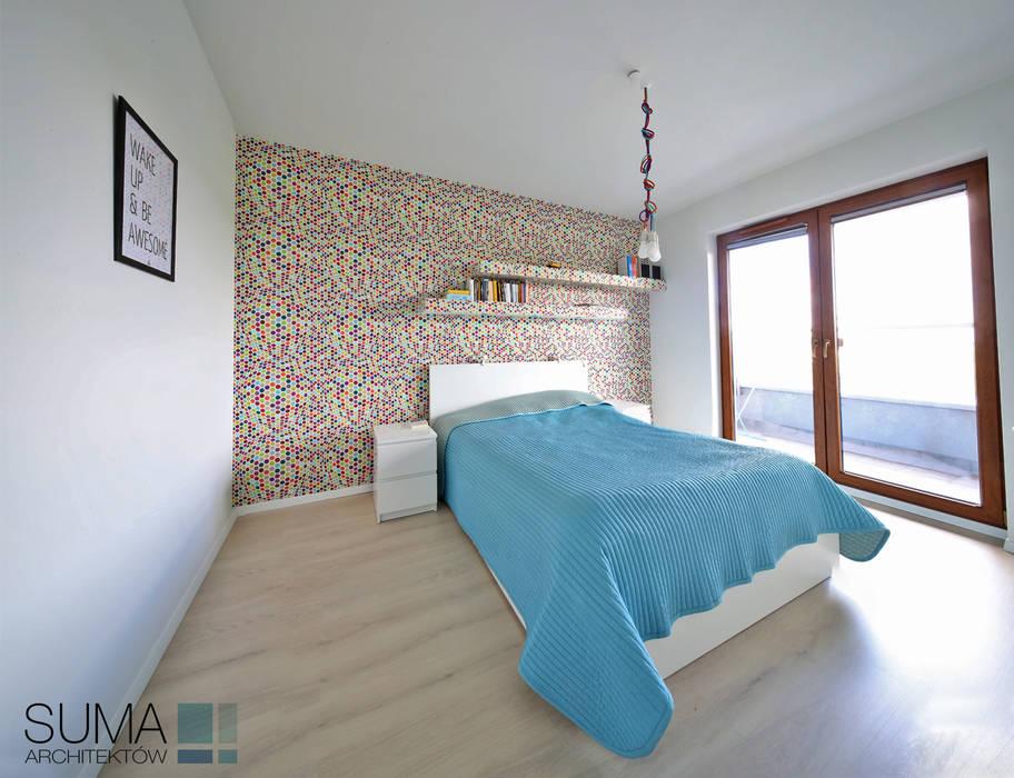 MODERN ONE Skandynawska sypialnia od SUMA Architektów Skandynawski