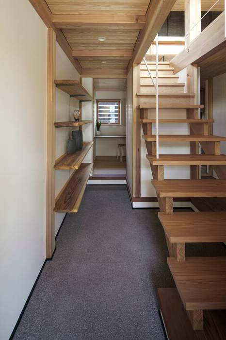 でんホーム鳥飼ゲストハウス オリジナルな 壁&床 の でんホーム株式会社 オリジナル
