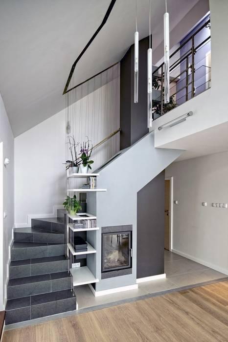 Bliźniak w Pychowicach Minimalistyczny salon od SHOQ STUDIO Architektura i wnętrza Minimalistyczny